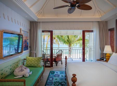 SAii-Lagoon-Maldives_Sky-Room.jpg