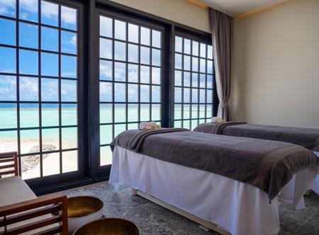 SAii-Lagoon-Maldives_Spa-Treatment-room.jpg