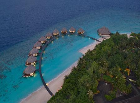 Adaaran-Select-Meedhupparu_Prestige-Water-villas_Aerial.jpg