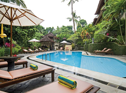 13045_1_Champlung-Sari-pool.jpg