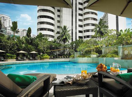 12715_1_Shangri_La_Kuala_Lumpur_pool.jpg