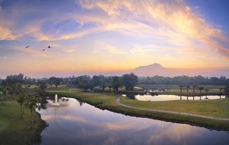 Shangri-La-Rasa-Ria_Golf-Iconic-01.jpg