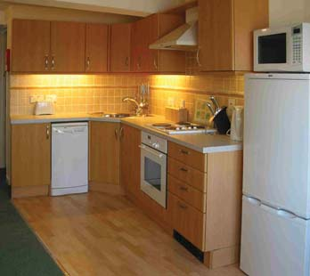 CB9438_3_Beau_Rivage_Kitchenette.jpg