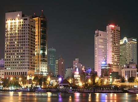 Duxton,_Ho_Chi_Minh_City_-_Exterior.jpg