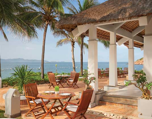 Avani Quy Nhon Resort & Spa - Restaurant day