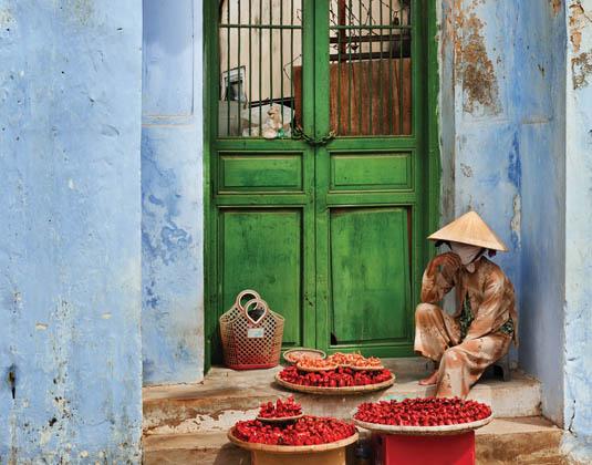 Ho Chi Minh doorway