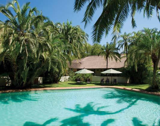 Kwa_Maritane_-_Swimming_Pool.jpg