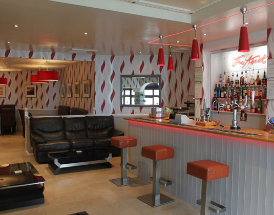 Ascot_-_Bar_and_Lounge_Area.jpg