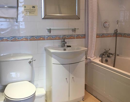 Welbeck_-_Bathroom.jpg