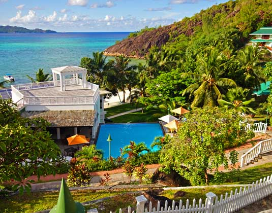 Hotel_LArchipel_-Pool_View.jpg