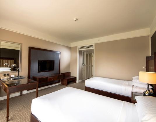Hilton_Kuching_Twin_Guestroom_Plus.jpg
