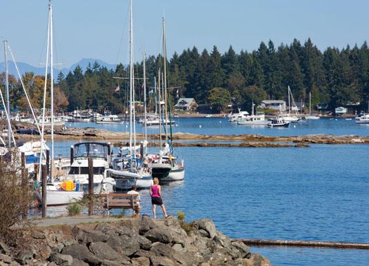 Vancouver_Island_-_Nanaimo_Harbour.jpg