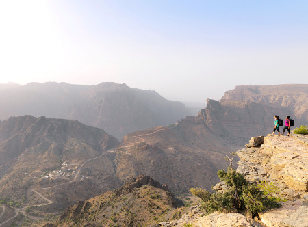 Anantara_Al_Jabal_Akdar_Resort_-Hiking.jpg