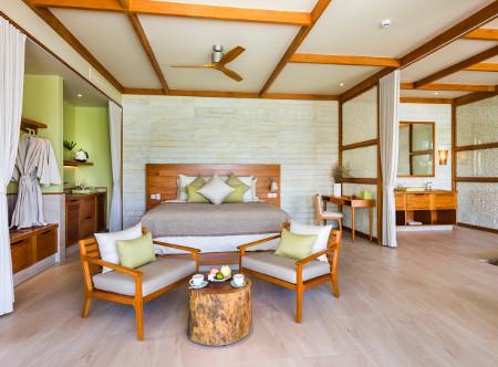 Fusion_Resort_Phu_Quoc_-_Bedroom_Villa.jpg