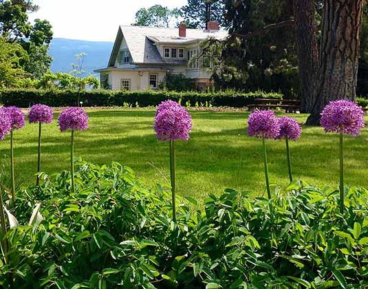 Summerland_Ornamental_Gardens_Thompson_Okanagan_main.jpg