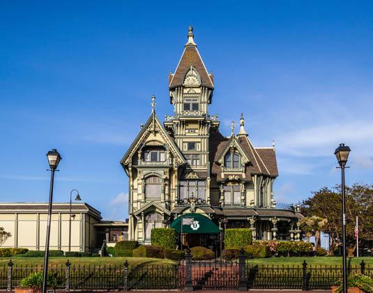 Carson_Mansion_in_Eureka,_California.jpg