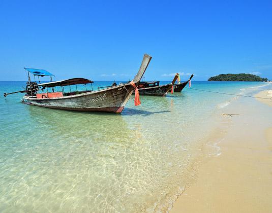 Dusit_Thani_Krabi_-_Beach.jpg