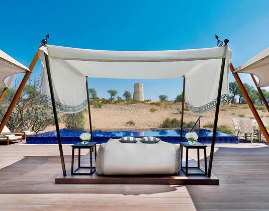 Ritz_Carlton_Ras_Al_Khaimah_-_Pool.jpg