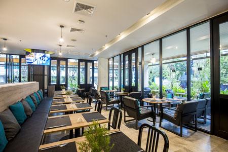 X2-Vibe-Bangkok-Sukhumvit-Hotel_4K-Cafe-2.jpg