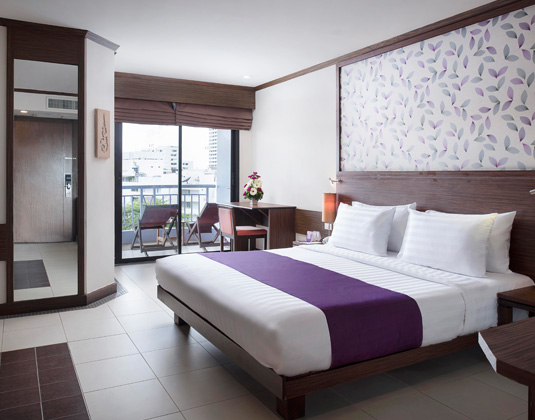 Mercure_Pattaya_-_Deluxe_Room_2.jpg