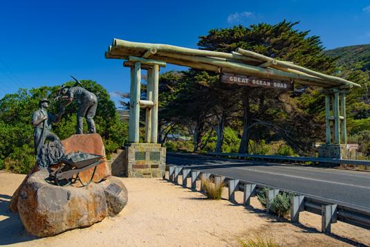 Great_Ocean_Road_shutterstock_410591344.jpg