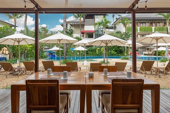 Blu-Zea-Resort-by-Double-Six_restaurant.jpg