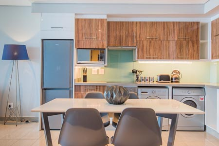 Capital-Pearls_1-or-2-Bedroom-Apartments-kitchen-5.jpg