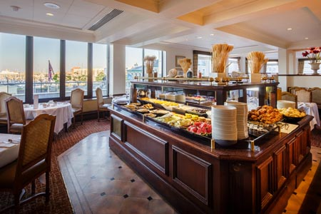 Pomme-dOr_Harbour-Room_breakfast-buffet.jpg