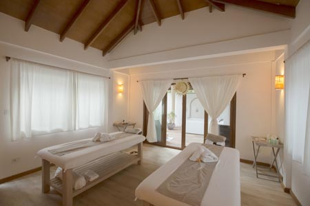 Reethi-Faru_Spa_Treament-room-2.jpg