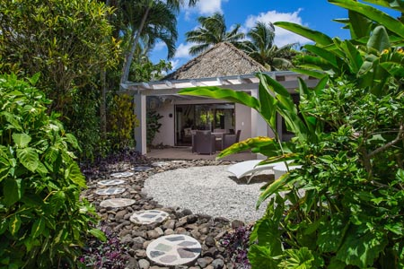 Pacific-Resort-Rarotonga-Premium-Garden-Villa-Outside-2.jpg
