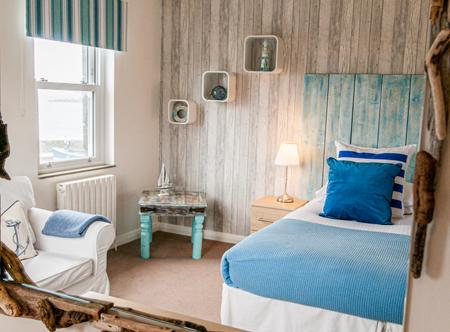 Driftwood-Inn_seafacing-room-overview.jpg