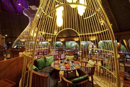 Centara-Ras-Fushi_oceans-buffet-dinner-01.jpg