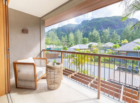 LEscale_7_Classic-Room-Mountain-View-Balcony-View.jpg