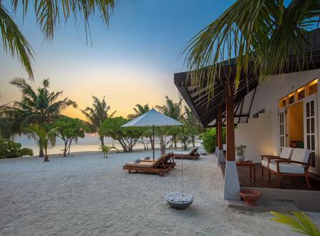 Adaaran-Select-Meedhupparu_Sunset-Beach-Villa-170-4.jpg