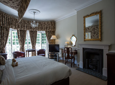 Chateau-La-Chaire-superior-room-with-balcony.jpg
