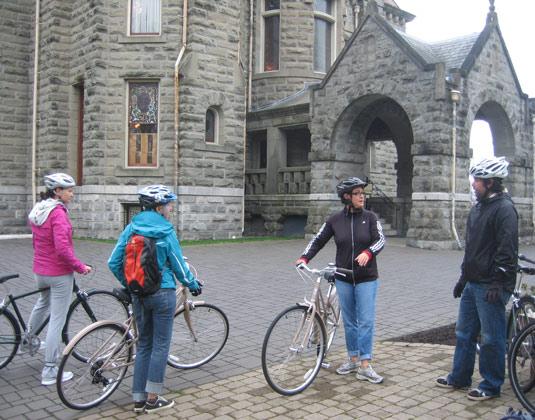 Castles,-Neighbourhoods-and-City-Cycling-Victoria-2.jpg