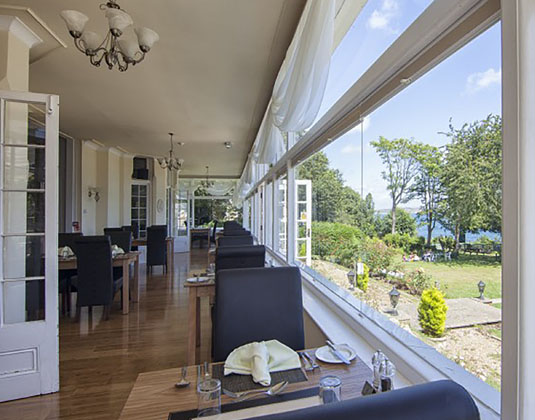 Luccombe_Manor_Country_Guest_House_Hotel_-_Garden_and_Sea_Views.jpg