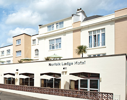 Norfolk_Lodge_-_Exterior.jpg