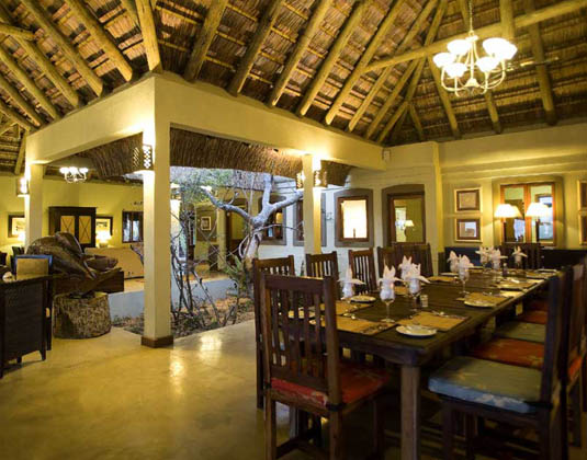Dugong Beach Lodge - Dining