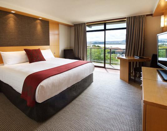 Millennium_Rotorua_-_Superior_Lake_View_Room.jpg