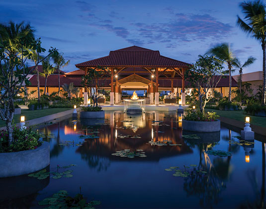 Shangri-Las_Hambantota_Resort_and_Spa_-_Entrance_Area.jpg