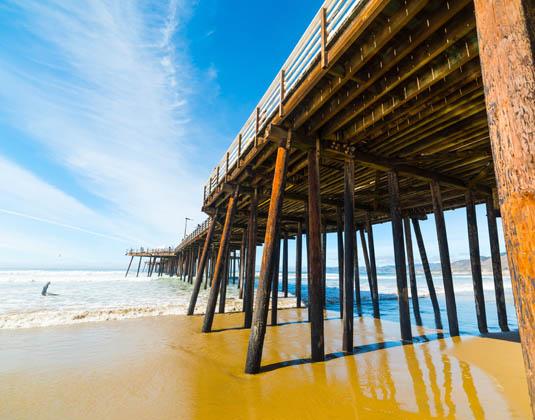 Pismo_beach_pier.jpg