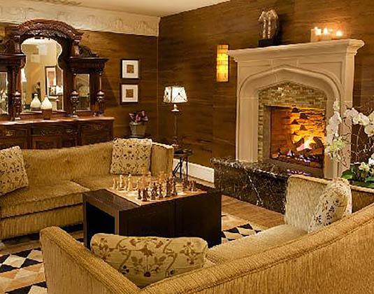 Hotel_Cartwright_-_Fireplace.jpg