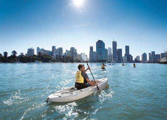 Kayaking-on-the-Brisbane-Ri.jpg