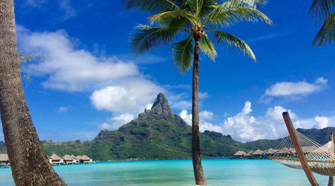 Tahiti_Beach_in_Bora_Bora.jpg