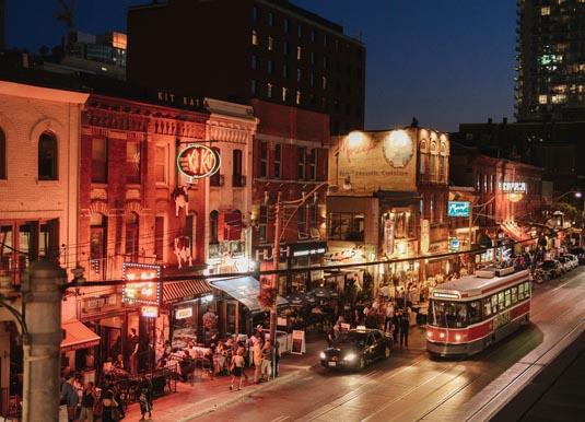 Montreal_Nighlife.jpg