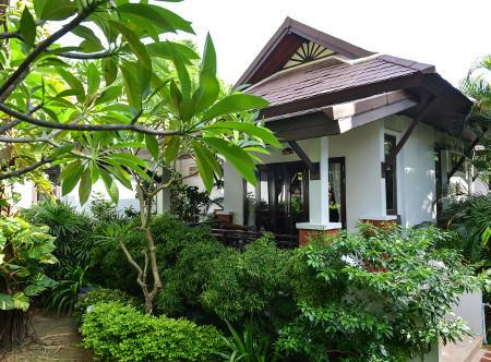 Phangan Bayshore - Exterior of Deluxe Villa