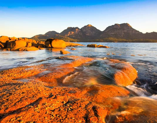 Freycinet_National_Park_Main_The_Hazards,_Freycinet,_Tasmania.jpg