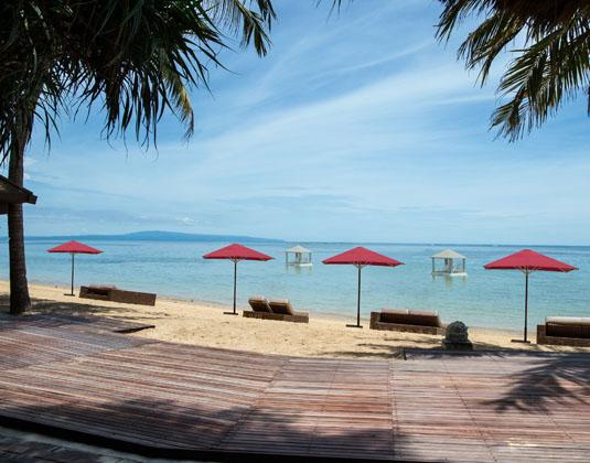 Puri Santrian - Beach