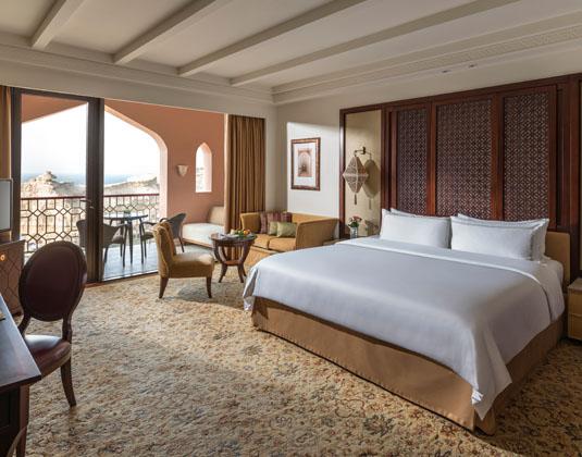 Shangri-La_Al_Husn_Resort_and_Spa_-_Deluxe_Room.jpg
